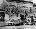 Woodmen Circle Fraternity parade float, Albuqerque