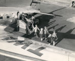 Albuquerque Municipal Airport, passengers deplaning from TWA flight
