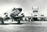 Albuquerque Municipal Airport, Continental DC-3 taxes away from terminal