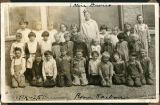 School photo of primary class students with teacher Alice Davies, Taiban, New Mexico