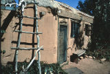 Adobe building on Canyon Road, Santa Fe, New Mexico