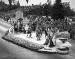 Santa Fe float in the 1950 Rose Parade, Pasadena, California