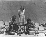 Julian and Maria Martinez making pottery, San Ildenfonso Pueblo, New Mexico