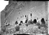 Cliff dwellings along talus before excavation, Puyé, New Mexico