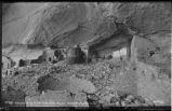 """Prehistoric Ruins, Cañon de Chelly, Ruins of Mummy Cave Town"""